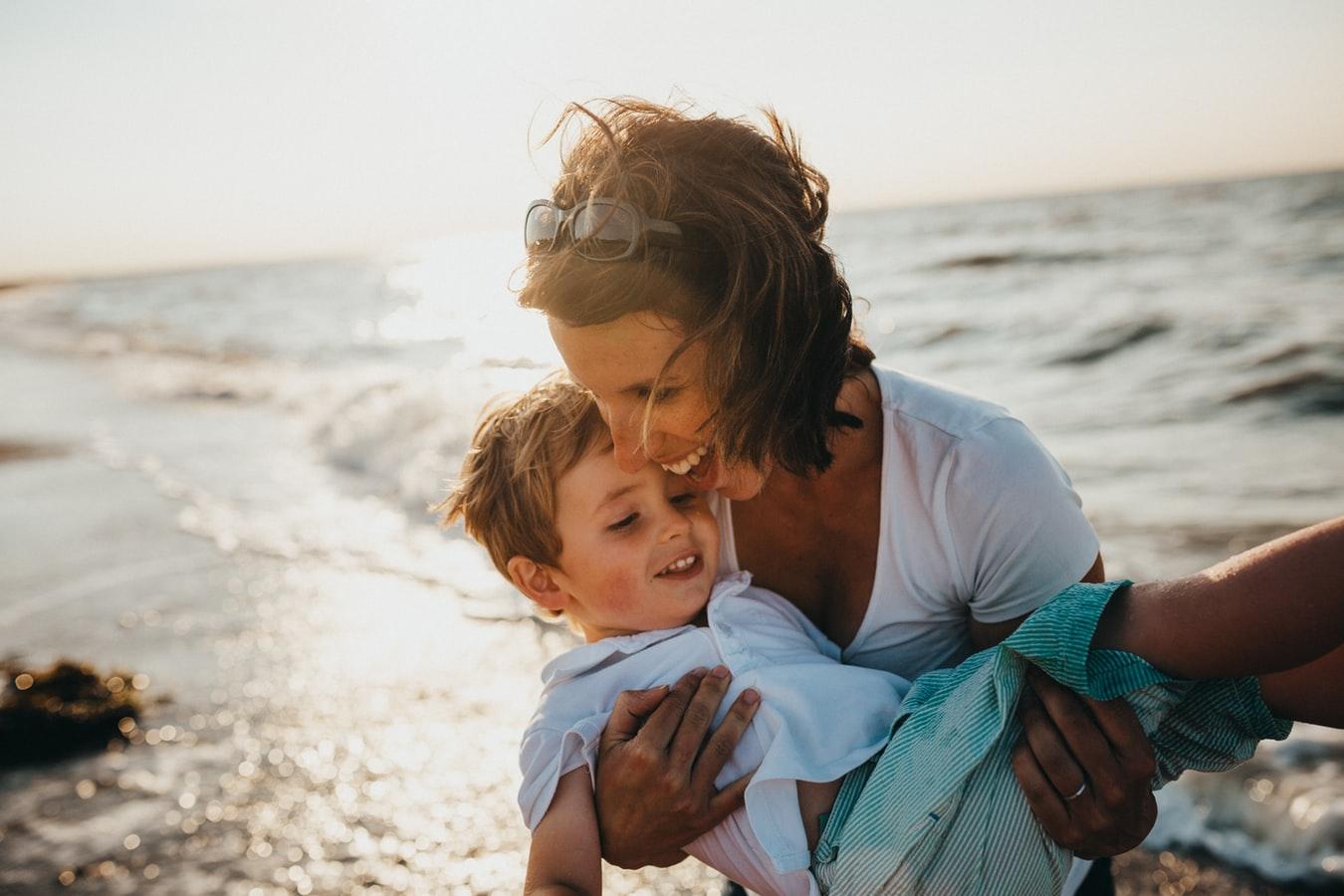 ¿Qué podemos hacer madres y padres para combatir el acoso escolar?